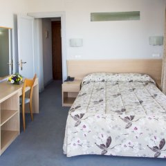 Отель Cosmopol Испания, Ларедо - отзывы, цены и фото номеров - забронировать отель Cosmopol онлайн комната для гостей фото 5
