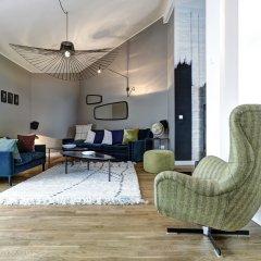 Апартаменты Gorki Apartments Berlin комната для гостей фото 3