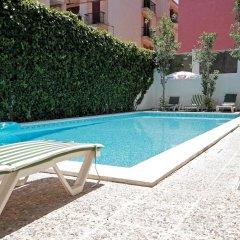 Отель Hostal Cas Bombu бассейн фото 2
