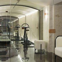 Отель Le Narcisse Blanc & Spa Франция, Париж - 1 отзыв об отеле, цены и фото номеров - забронировать отель Le Narcisse Blanc & Spa онлайн фитнесс-зал