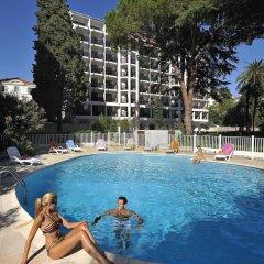 Апартаменты Residéal Premium Cannes - Apartments спортивное сооружение