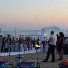 Hotel Adriatik 2 Голем приотельная территория