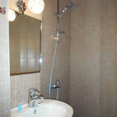 Отель Come In ванная фото 9
