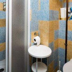 Апартаменты Flying Bed Apartment close to Castle Прага ванная