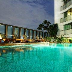 Отель Urbana Langsuan Bangkok, Thailand Таиланд, Бангкок - 1 отзыв об отеле, цены и фото номеров - забронировать отель Urbana Langsuan Bangkok, Thailand онлайн бассейн