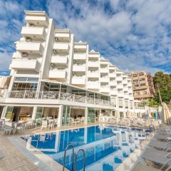 Ideal Piccolo Hotel - All Inclusive - Adults Only бассейн фото 3
