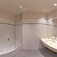 Отель Bed & Breakfast Erber Германия, Исманинг - отзывы, цены и фото номеров - забронировать отель Bed & Breakfast Erber онлайн ванная