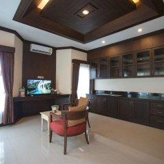 Отель Siri Lanta Resort Ланта в номере