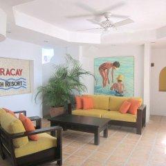 Отель The Boracay Beach Resort Филиппины, остров Боракай - 1 отзыв об отеле, цены и фото номеров - забронировать отель The Boracay Beach Resort онлайн интерьер отеля фото 2