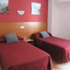Отель Pensio El Moli Испания, Льорет-де-Мар - отзывы, цены и фото номеров - забронировать отель Pensio El Moli онлайн комната для гостей фото 5