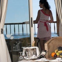 Crystal Tat Beach Golf Resort & Spa Турция, Белек - 1 отзыв об отеле, цены и фото номеров - забронировать отель Crystal Tat Beach Golf Resort & Spa онлайн балкон
