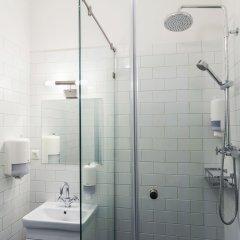 Гостиница ICON Hostel в Москве 2 отзыва об отеле, цены и фото номеров - забронировать гостиницу ICON Hostel онлайн Москва ванная фото 2