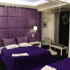 Carol Hotel комната для гостей
