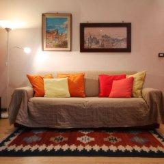 Отель NotaMi - Colorful Apartment Porta Romana Италия, Милан - отзывы, цены и фото номеров - забронировать отель NotaMi - Colorful Apartment Porta Romana онлайн комната для гостей