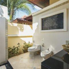 Отель Villa in Bangtao in Les Palmares Villa 8 ванная