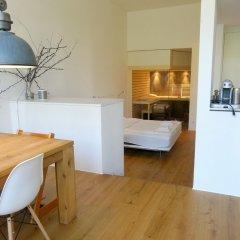 Отель AirHosted - Zurich Vacation Home Rentals удобства в номере