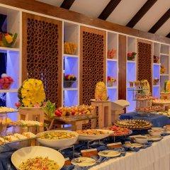 Отель Holiday Island Resort & Spa питание фото 3