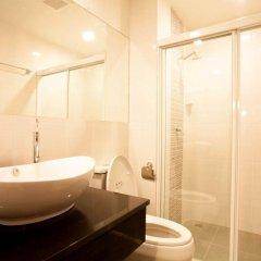 Отель The Aim Sathorn Hotel Таиланд, Бангкок - отзывы, цены и фото номеров - забронировать отель The Aim Sathorn Hotel онлайн ванная