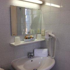 Отель Cavalieri Hotel Греция, Корфу - 1 отзыв об отеле, цены и фото номеров - забронировать отель Cavalieri Hotel онлайн ванная