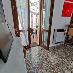 Отель Cortileint14 Италия, Вербания - отзывы, цены и фото номеров - забронировать отель Cortileint14 онлайн удобства в номере