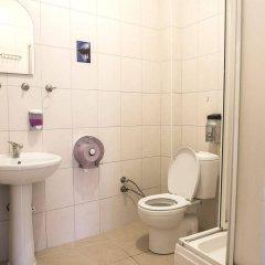 Cheers Midtown Hostel ванная