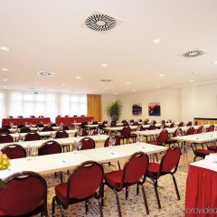 Отель Holiday Inn Nürnberg City Centre