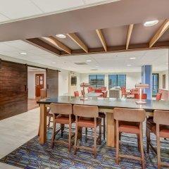 Holiday Inn Express Hotel & Suites Greenville Airport в номере