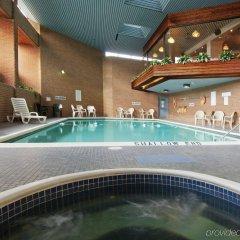 Отель Holiday Inn Ottawa East Канада, Оттава - отзывы, цены и фото номеров - забронировать отель Holiday Inn Ottawa East онлайн бассейн