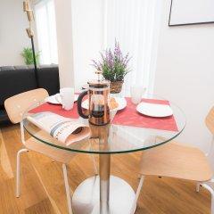 Апартаменты Moonside - Stunning Angel Apartments Лондон комната для гостей фото 4