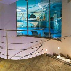 Leading Relax Hotel Maria бассейн
