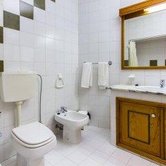 Отель ChoroMar Португалия, Албуфейра - отзывы, цены и фото номеров - забронировать отель ChoroMar онлайн ванная фото 2