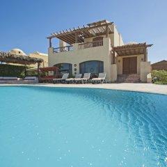 Отель Beachfront El Gouna Villa with Pool - Sabina Y144 бассейн