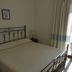 Отель Agriturismo Comino Alto Синискола комната для гостей