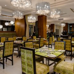 Protea Hotel by Marriott Benin City Select Emotan питание фото 3