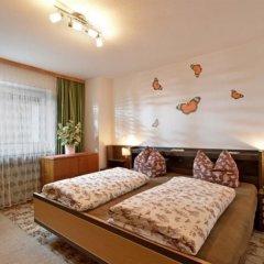 Отель Pension Feichter Австрия, Зёлль - отзывы, цены и фото номеров - забронировать отель Pension Feichter онлайн комната для гостей