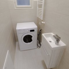 Отель Panada Apartment Венгрия, Будапешт - отзывы, цены и фото номеров - забронировать отель Panada Apartment онлайн ванная
