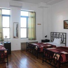 Отель NY Moore Hostel США, Нью-Йорк - 1 отзыв об отеле, цены и фото номеров - забронировать отель NY Moore Hostel онлайн комната для гостей фото 2