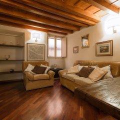 Отель Cozy Santa Croce Италия, Флоренция - отзывы, цены и фото номеров - забронировать отель Cozy Santa Croce онлайн комната для гостей фото 2