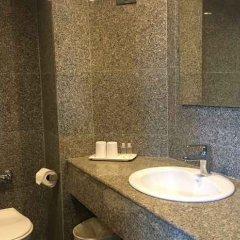 Отель White Palace Bangkok Таиланд, Бангкок - отзывы, цены и фото номеров - забронировать отель White Palace Bangkok онлайн ванная