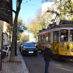 Отель RH Estrela 27 Лиссабон городской автобус