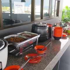 Отель Recenta Express Phuket Town Пхукет питание