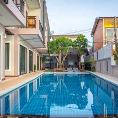 Отель Baan Talay Namsai бассейн