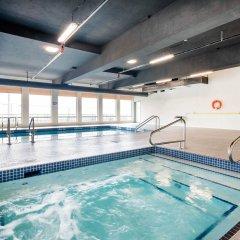 Отель Comfort Inn & Suites бассейн фото 2