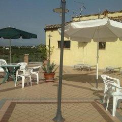 Отель Poggio Del Sole Country House Италия, Ситта-Сант-Анджело - отзывы, цены и фото номеров - забронировать отель Poggio Del Sole Country House онлайн бассейн