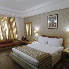 Отель Dee Marks Hotel & Resorts Индия, Нью-Дели - отзывы, цены и фото номеров - забронировать отель Dee Marks Hotel & Resorts онлайн комната для гостей фото 3