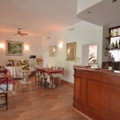 Hotel Galassi Нумана гостиничный бар