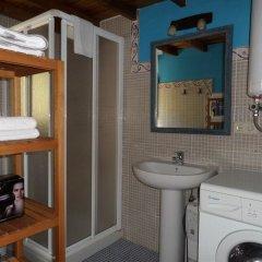 Отель Apartamentos Rurales Los Picos de Redo Испания, Камалено - отзывы, цены и фото номеров - забронировать отель Apartamentos Rurales Los Picos de Redo онлайн ванная фото 2