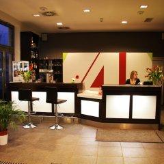 H+ Hotel 4 Youth Berlin Mitte гостиничный бар