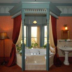 Отель Humboldt House Bed & Breakfast Канада, Виктория - отзывы, цены и фото номеров - забронировать отель Humboldt House Bed & Breakfast онлайн ванная фото 2