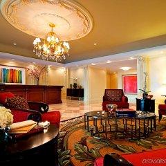 Отель Churchill Hotel Near Embassy Row США, Вашингтон - отзывы, цены и фото номеров - забронировать отель Churchill Hotel Near Embassy Row онлайн интерьер отеля